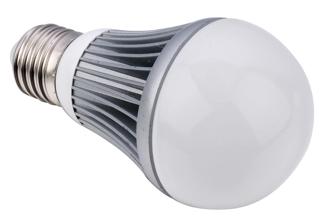 on peux clair votre piscine avec les ampoules led. Black Bedroom Furniture Sets. Home Design Ideas