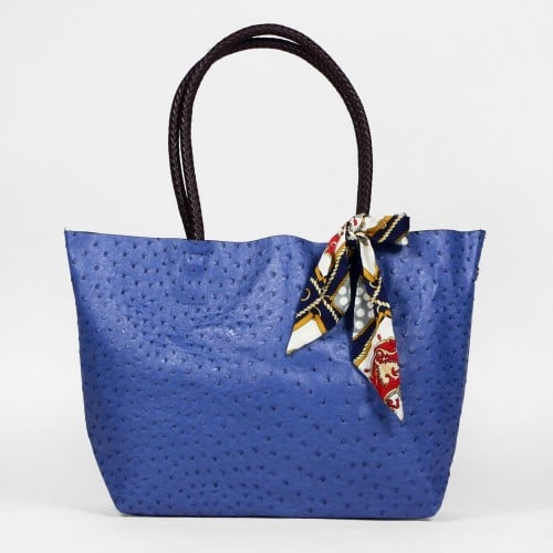 sac bleu avec ruban noeud