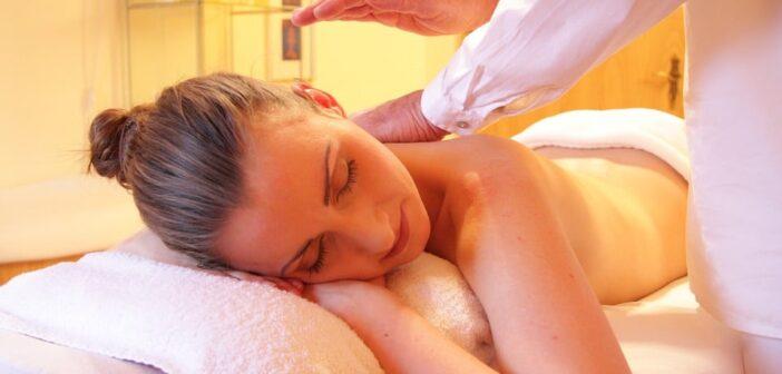 Le massage ayurvédique: origines, fondements, principe et bienfaits