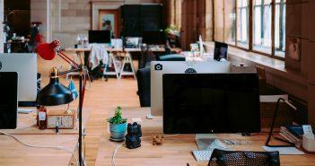 Conseils pour nettoyer son bureau de manière optimale